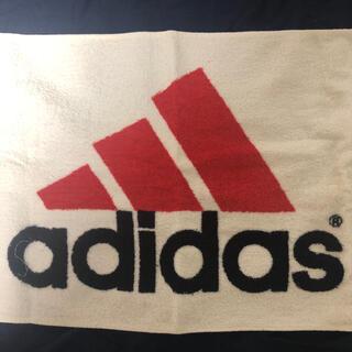 アディダス(adidas)のアディダス タオル 赤(その他)