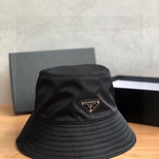 新品未使用【サイズ:M】新品 プラダ ナイロン ハット 帽子 黒