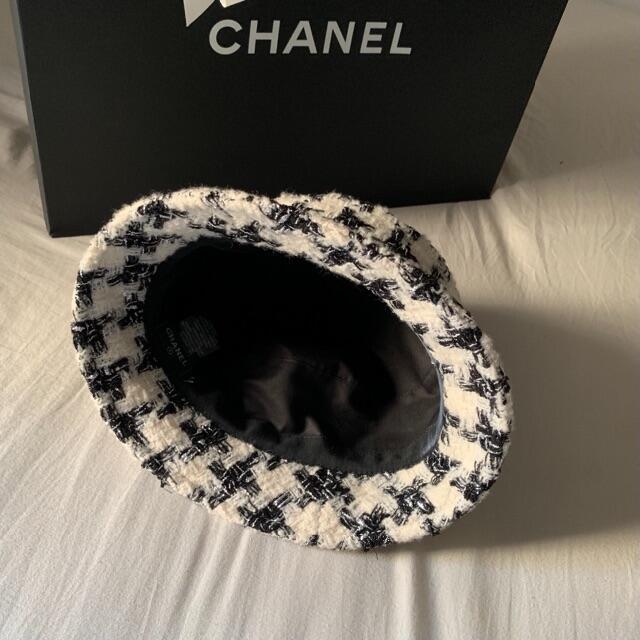 CHANEL(シャネル)のCHANEL 20AW TWEED BUCKET HAT  レディースの帽子(ハット)の商品写真