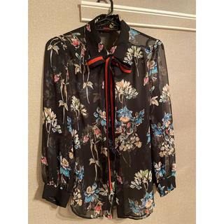 ダブルスタンダードクロージング(DOUBLE STANDARD CLOTHING)のダブルスタンダードクロージング フラワーブラウスリボン(シャツ/ブラウス(半袖/袖なし))