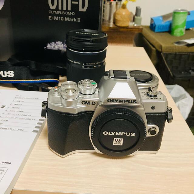 OLYMPUS(オリンパス)のOLYMPUS OM-D E-M10 markⅢ スマホ/家電/カメラのカメラ(ミラーレス一眼)の商品写真