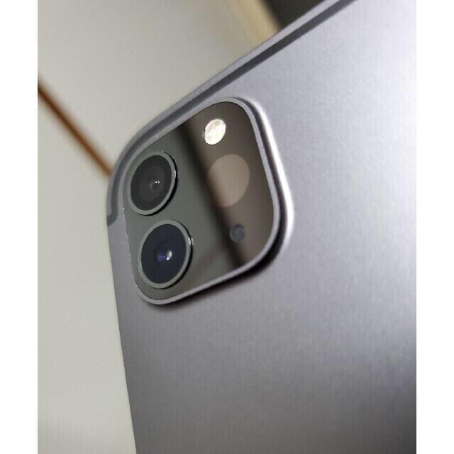 iPad(アイパッド)のipad pro 11 2020 第2世代128gb+cellular  スマホ/家電/カメラのPC/タブレット(タブレット)の商品写真