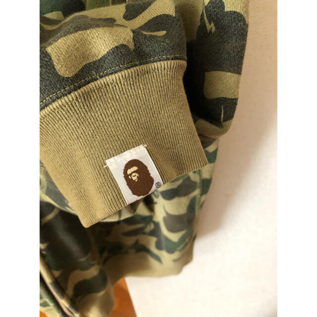 A BATHING APE(アベイシングエイプ)の アベイシングエイプ パーカー 迷彩 激レア カモフラ メンズのトップス(パーカー)の商品写真