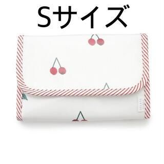 ジェラートピケ(gelato pique)の数量限定セール☆gelato pique チェリーモチーフ母子手帳ケースS(母子手帳ケース)