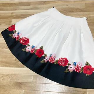 エムズグレイシー(M'S GRACY)のエムズグレイシー✨花柄スカート(ひざ丈スカート)