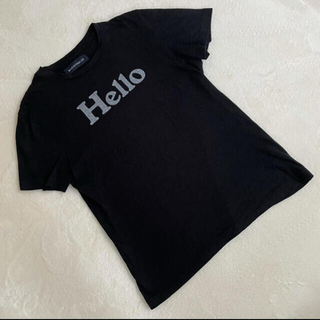 マディソンブルー(MADISONBLUE)のマディソンブルー Hello ハロー Tシャツ 黒 ブラック 01(Tシャツ(半袖/袖なし))