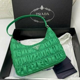 PRADA - re-nylon ナイロン アクセサリーポーチ ミニハンドバッグ