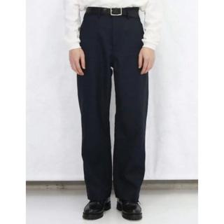 コモリ(COMOLI)のorder loose twill pants  ネイビー XS(スラックス)