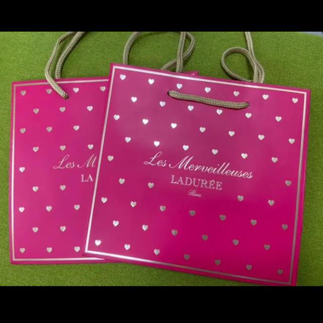 Les Merveilleuses LADUREE(レメルヴェイユーズラデュレ)のラデュレ♡ハート柄ショッパー レディースのバッグ(ショップ袋)の商品写真