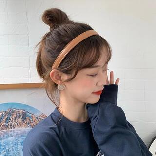 #792「在庫処分」Jennieジェニー着用フェイクレザーカチューシャ秋冬韓国系