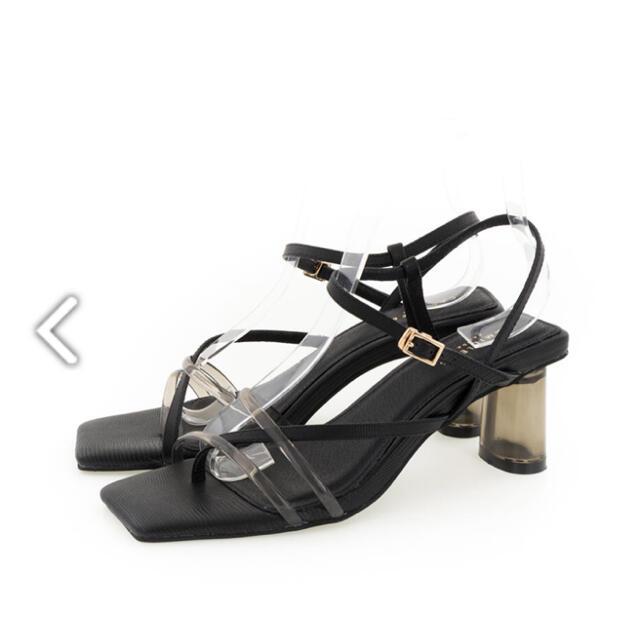 RANDA(ランダ)の【新品未使用】RANDA ナローストラップクリアヒールサンダル レディースの靴/シューズ(サンダル)の商品写真
