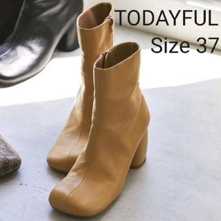 トゥデイフル(TODAYFUL)の【TODAYFUL】Square Short Boots ヌード Size37(ブーツ)
