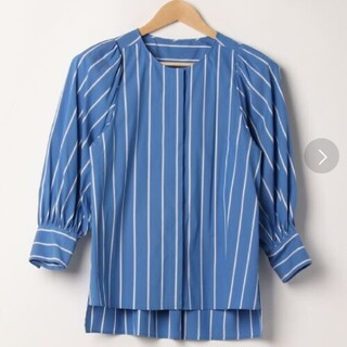 アナイ(ANAYI)の美品ANAYI水色ストライプシャツ38サイズ(シャツ/ブラウス(長袖/七分))