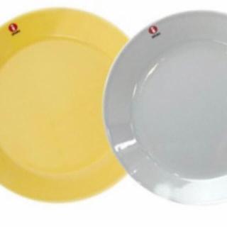 イッタラ(iittala)のイッタラハニー&パールグレー17cmプレート各1枚ずつ計2枚(食器)
