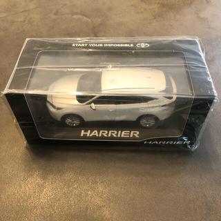 トヨタ(トヨタ)の新型ハリアー 80系 1/30 非売品ミニカー(ミニカー)