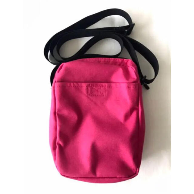 NIKE(ナイキ)の【新品】ナイキ/NIKE『NSW コア スモールバッグ』ショルダーバッグ/ピンク レディースのバッグ(ショルダーバッグ)の商品写真