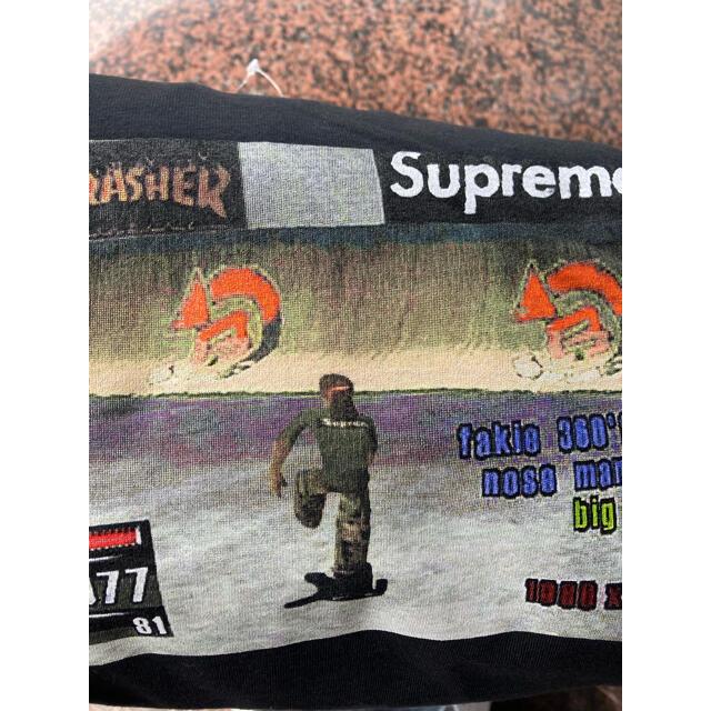Supreme(シュプリーム)のXL Supreme Thrasher Game Tee  ブラック メンズのトップス(Tシャツ/カットソー(半袖/袖なし))の商品写真