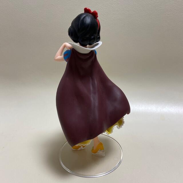 Disney(ディズニー)の白雪姫&ベル フィギュアセット エンタメ/ホビーのおもちゃ/ぬいぐるみ(キャラクターグッズ)の商品写真