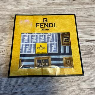 フェンディ(FENDI)のFENDIハンカチブルー(ハンカチ)