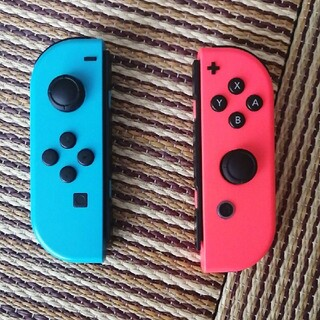 Nintendo Switch - ジョイコン ネオンレッド ネオンブルー 中古