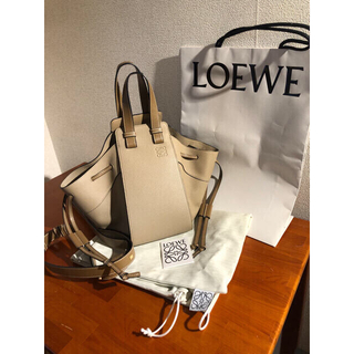 LOEWE - 【美品】LOEWE ロエベハンモックスモール サンドミンク