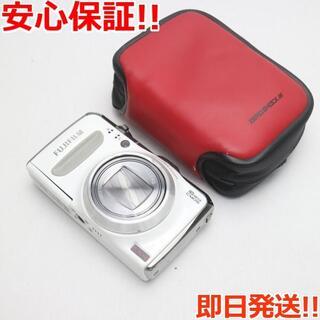 フジフイルム(富士フイルム)の美品 FinePix F600EXR ホワイト (コンパクトデジタルカメラ)