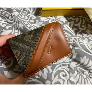 フェンディ(FENDI)のFENDI 財布(折り財布)