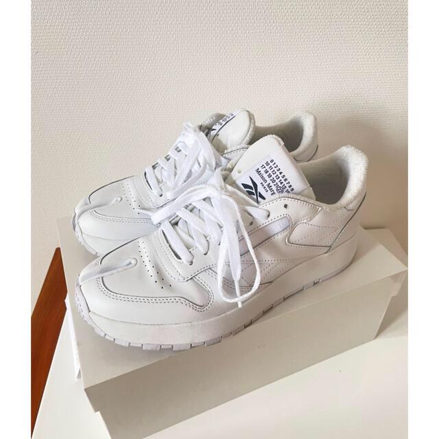Maison Martin Margiela(マルタンマルジェラ)のMaison Margiela x Reebok 24.5㎝ ホワイト レディースの靴/シューズ(スニーカー)の商品写真