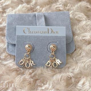 Christian Dior - 可愛い♡ クリスチャン ディオール ロゴ ピアス ゴールド 未使用