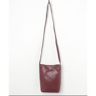 新品未使用!TASINAMI ワイン色 スムースレザーコートポケットバッグ