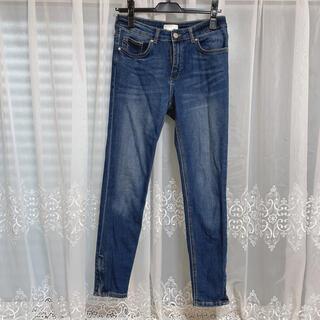 エイチアンドエム(H&M)のH&M裾ファスナーストレッチスキニーデニムパンツ ジーンズサイズ38(デニム/ジーンズ)