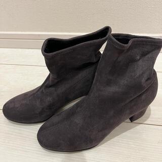 ユニクロ(UNIQLO)のUNIQLOストレッチショートブーツ(ブーツ)