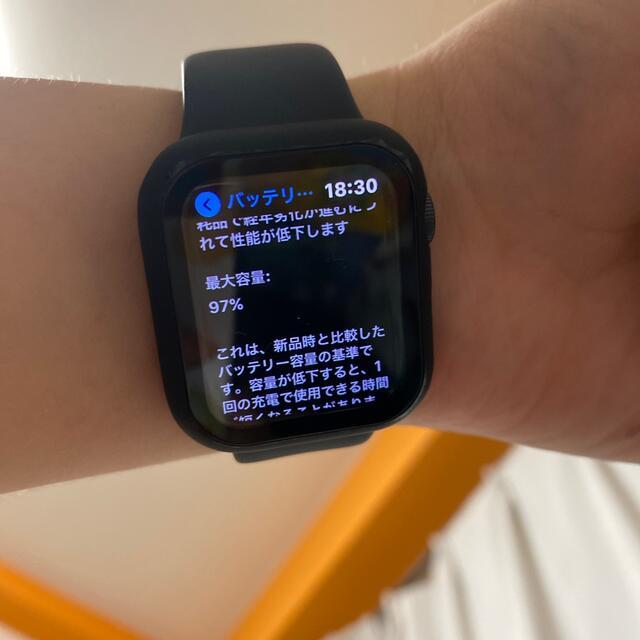 Apple Watch(アップルウォッチ)の9月27日まで限定 Apple Watch(GPSモデル)40mmスペースグレイ メンズの時計(腕時計(デジタル))の商品写真