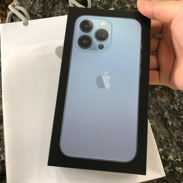 iPhone(アイフォーン)のiPhone 13 Pro 128GB シエラブルー SIMフリー スマホ/家電/カメラのスマートフォン/携帯電話(スマートフォン本体)の商品写真