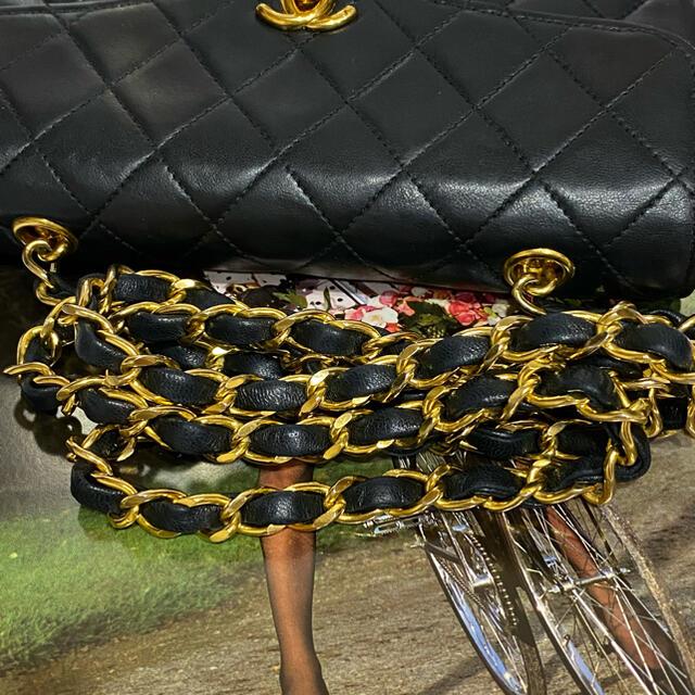 CHANEL(シャネル)の希少 VINTAGE CHANEL  ミニマトラッセ チェーンショルダーバッグ レディースのバッグ(ショルダーバッグ)の商品写真