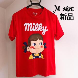 サンリオ - 新品 M ペコちゃん ロゴtシャツ  赤 プリント キャラクター 面白いtシャツ