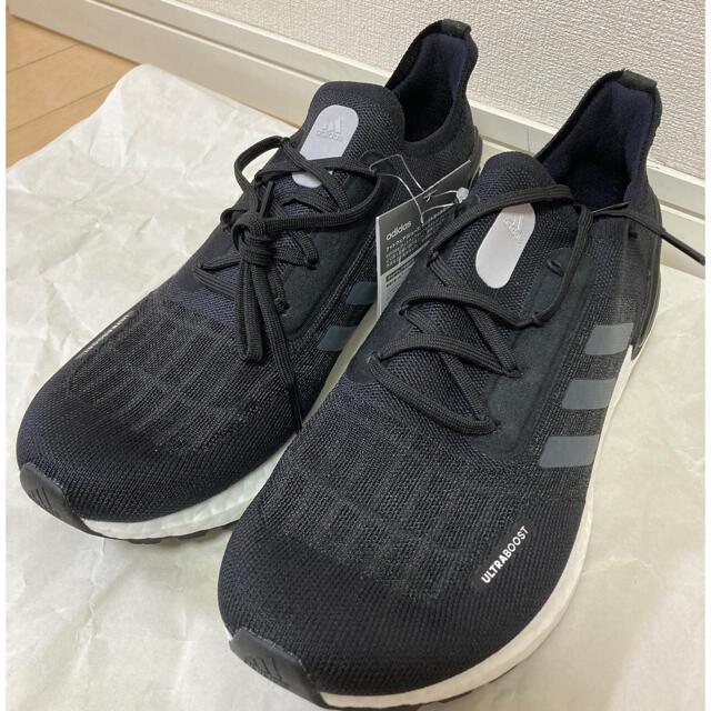 adidas(アディダス)の新品未使用 アディダス  ウルトラブースト 27.0cm メンズの靴/シューズ(スニーカー)の商品写真