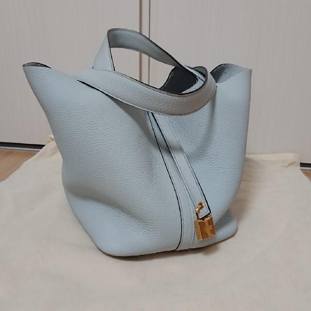 Hermes(エルメス)の【HERMES】ピコタンロックMM (ブルーペール × ゴールド) レディースのバッグ(ハンドバッグ)の商品写真