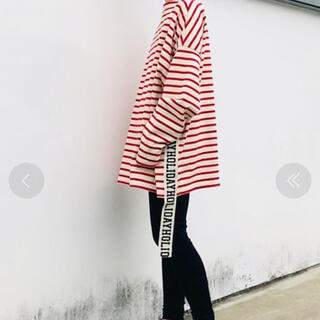 ホリデイ(holiday)の【新品未使用】HOLIDAY  ホリデイ ボーダー テープ ドレス 赤(カットソー(長袖/七分))