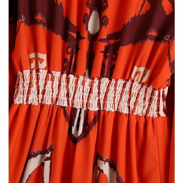 ZARA(ザラ)のヴィンテージ 柄 ハイネック ワンピース 《即日発送》 レディースのワンピース(ロングワンピース/マキシワンピース)の商品写真