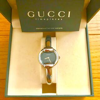 Gucci - 【美品!!】グッチ バングル腕時計 1400L ブラック 秋 ハロウィン🎀