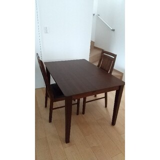 【使用期間1年】ダイニングテーブル+椅子2脚セット