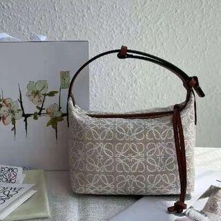 ロエベ(LOEWE)のロエベ  アナグラム バッグ キュービィバッグ スモールサイズ(ハンドバッグ)