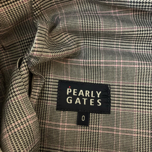PEARLY GATES(パーリーゲイツ)のパーリーゲイツ チェック柄スカート Sサイズ スポーツ/アウトドアのゴルフ(ウエア)の商品写真
