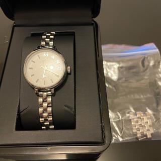 マークバイマークジェイコブス(MARC BY MARC JACOBS)のマークバイジェイコブス 時計 シルバー 箱あり(腕時計)