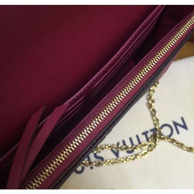 LOUIS VUITTON(ルイヴィトン)のルイヴィトン ポルトフォイユフロール チェーン レディースのバッグ(ショルダーバッグ)の商品写真