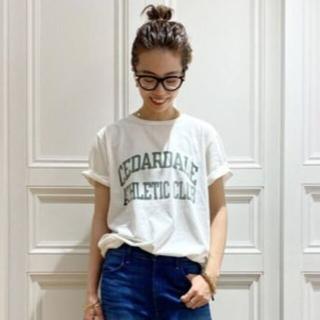 DEUXIEME CLASSE - 【REMI RELIEF/レミ リリーフ】 CEDARDALE Tシャツ