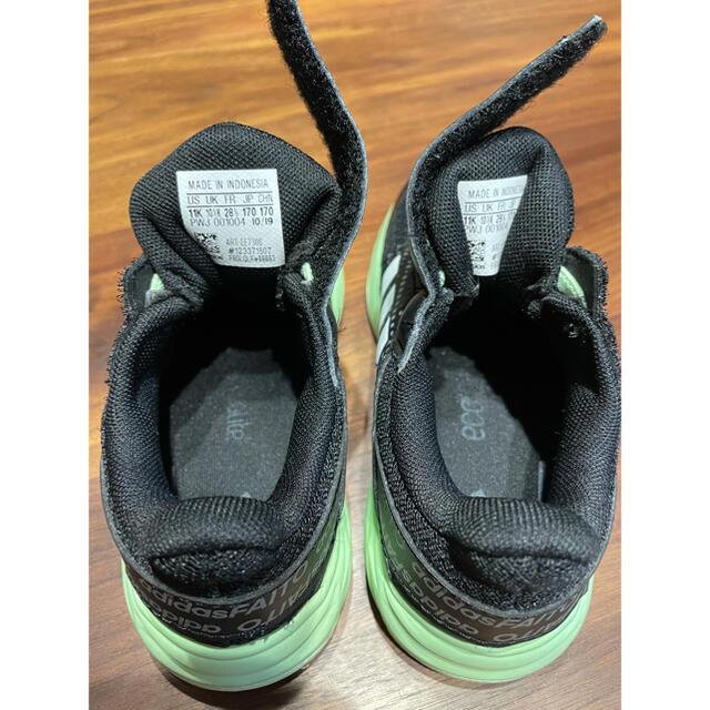 adidas(アディダス)のadidas   アディダス 靴 スニーカー 17センチ キッズ キッズ/ベビー/マタニティのキッズ靴/シューズ(15cm~)(スニーカー)の商品写真