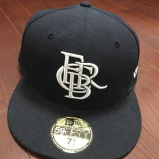 エフシーアールビー(F.C.R.B.)のF.C.Real Bristol NEW ERA キャップ(キャップ)