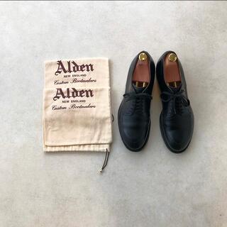 Alden - [ALDEN]CALF LEATHER BEAMS MODIFIED V TIP